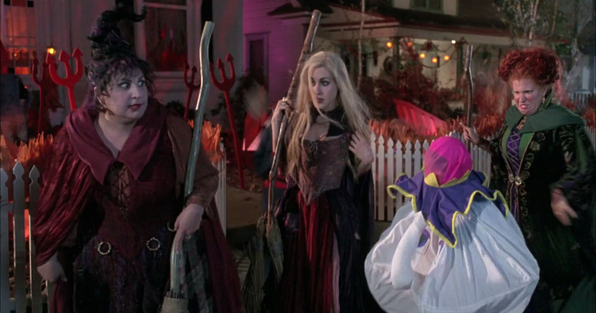 31 Nights of Halloween - 12 Times The Sanderson Sisters in Hocus Pocus Were Hilarious - 1005
