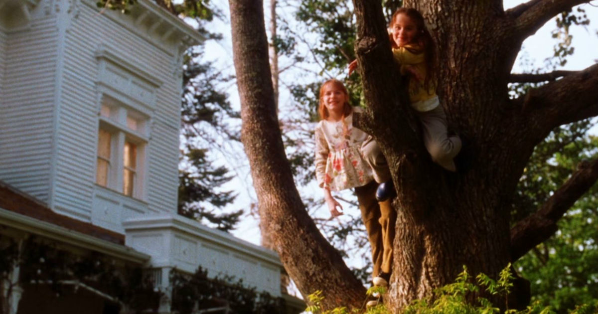 13 Nights of Halloween - 13 Reasons Your Sister Will Always Be Your Best Friend According To Practical Magic! - 1012