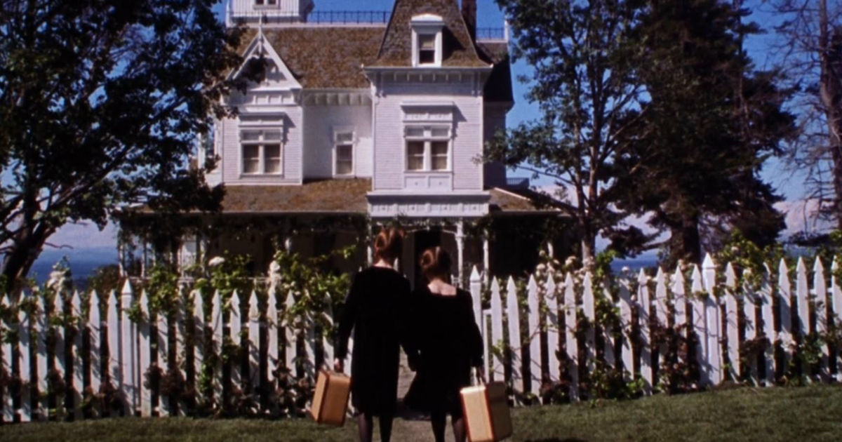 13 Nights of Halloween - 13 Reasons Your Sister Will Always Be Your Best Friend According To Practical Magic! - 1015