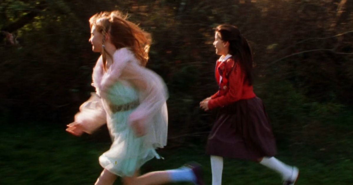 13 Nights of Halloween - 13 Reasons Your Sister Will Always Be Your Best Friend According To Practical Magic! - 1002