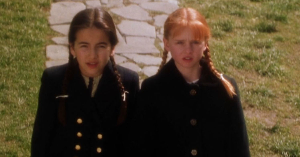 13 Nights of Halloween - 13 Reasons Your Sister Will Always Be Your Best Friend According To Practical Magic! - 1003