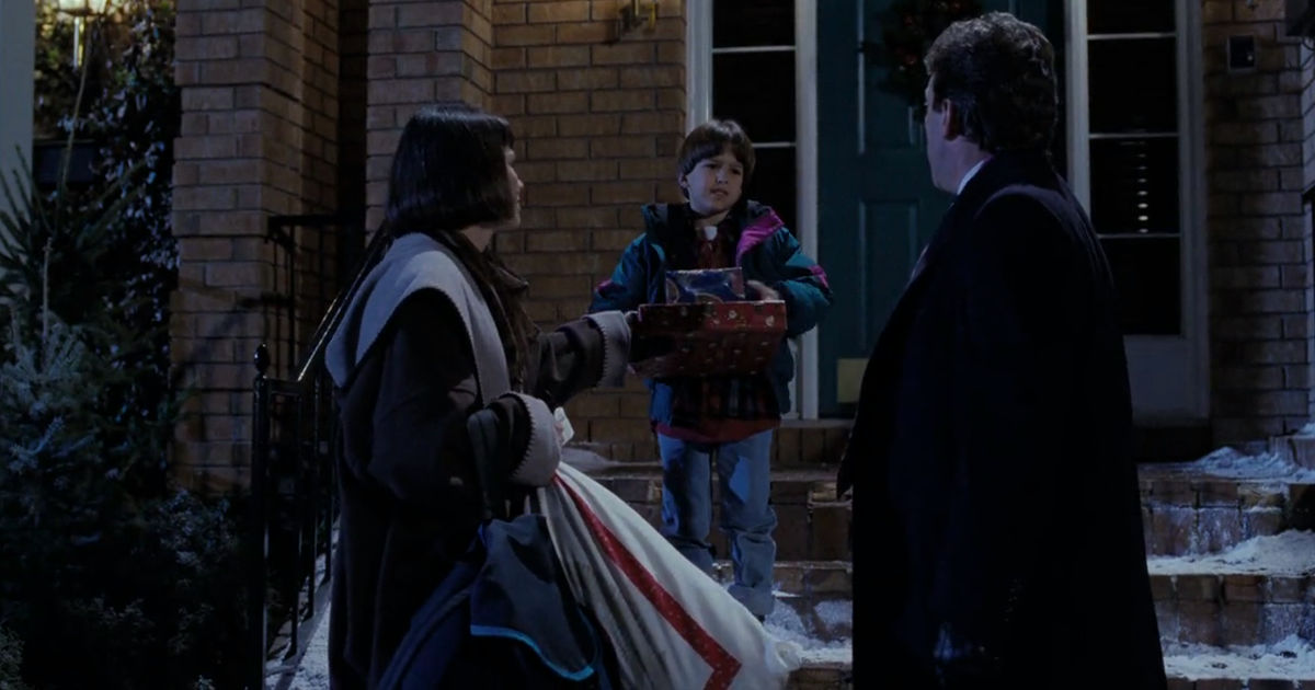 25 Days of Christmas - 11 Signs You're Getting In To The Christmas Spirit According To The Santa Clause - 1001