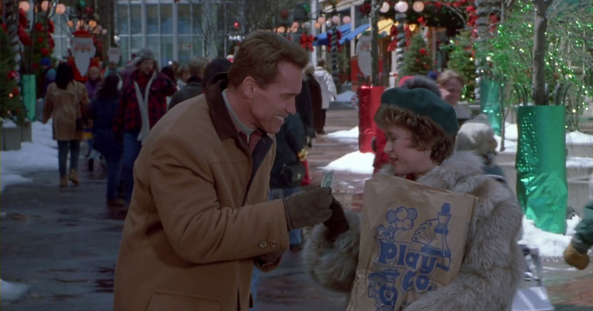 25 Days of Christmas - 10 Things That Happen When You Leave Christmas Shopping To The Last Minute - 1014