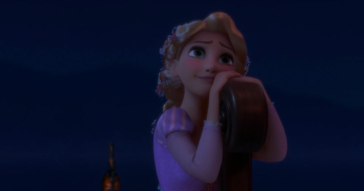 25 Days of Christmas - 11 Ways Rapunzel's Epic Journey Is Like All Of Us Coming Home For Christmas - 1011