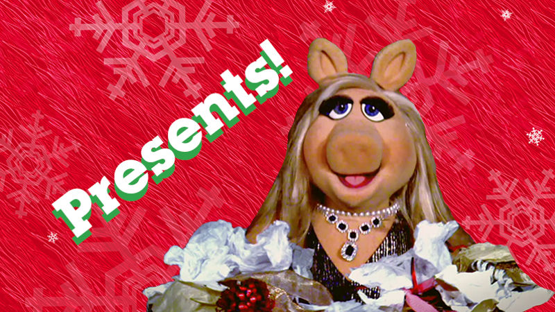 25 Days of Christmas - See What Happened When We Put Miss Piggy In A Room Full Of Presents! - Thumb