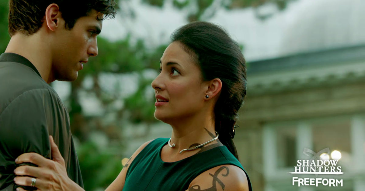 Shadowhunters - The Parabatai Bond Is Threatened In This Exclusive New Shadowhunters Trailer! - 1011