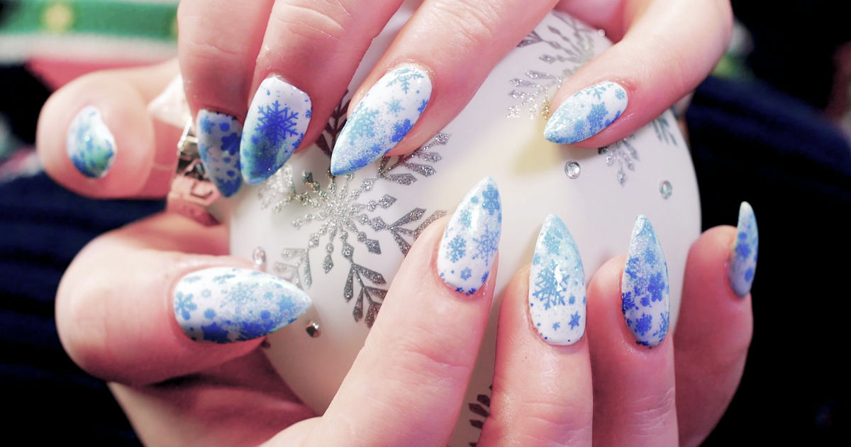 25 Days of Christmas - This Frozen-Inspired Manicure Will Make You Want It To Be Winter All Year Round! - 1006