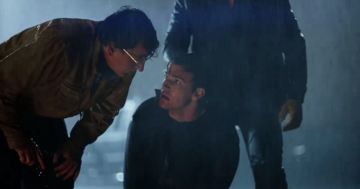Beyond - See What Happens When Holden Loses Control In This Thrilling New Sneak Peek! - 1004