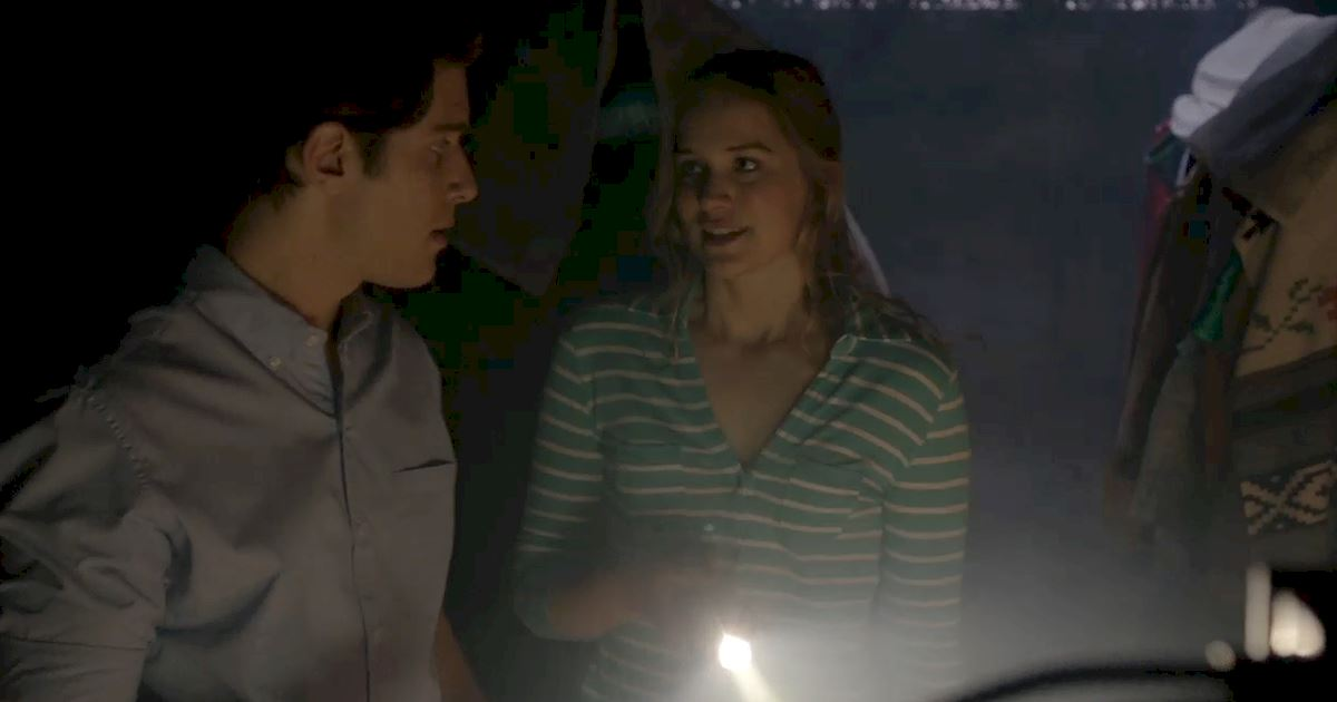 Dead of Summer - The 14 Rules Of Staying Alive In A Horror Movie - 1003