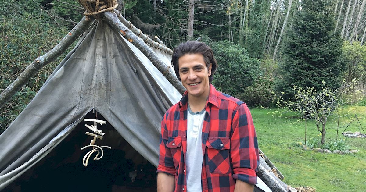 Dead of Summer - 8 Tips On Surviving Your First Day At Summer Camp From The Dead Of Summer Cast! - 1004