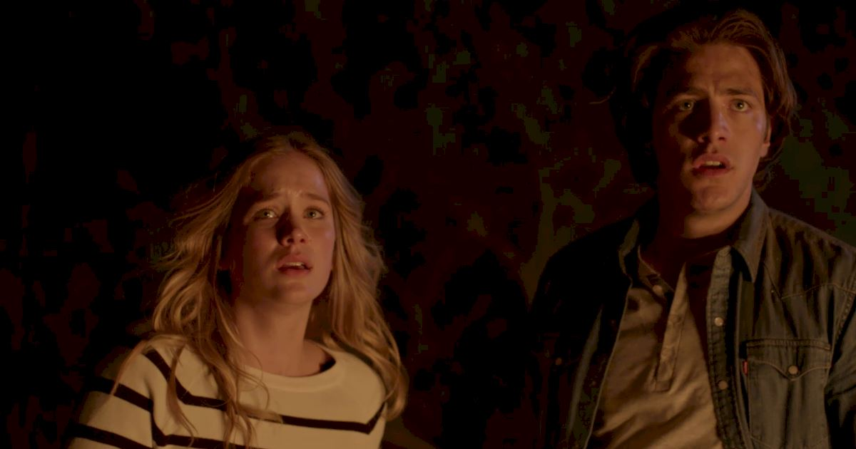Dead of Summer - 18 Things We Learned From The Incredible Dead Of Summer Premiere!  - 1011