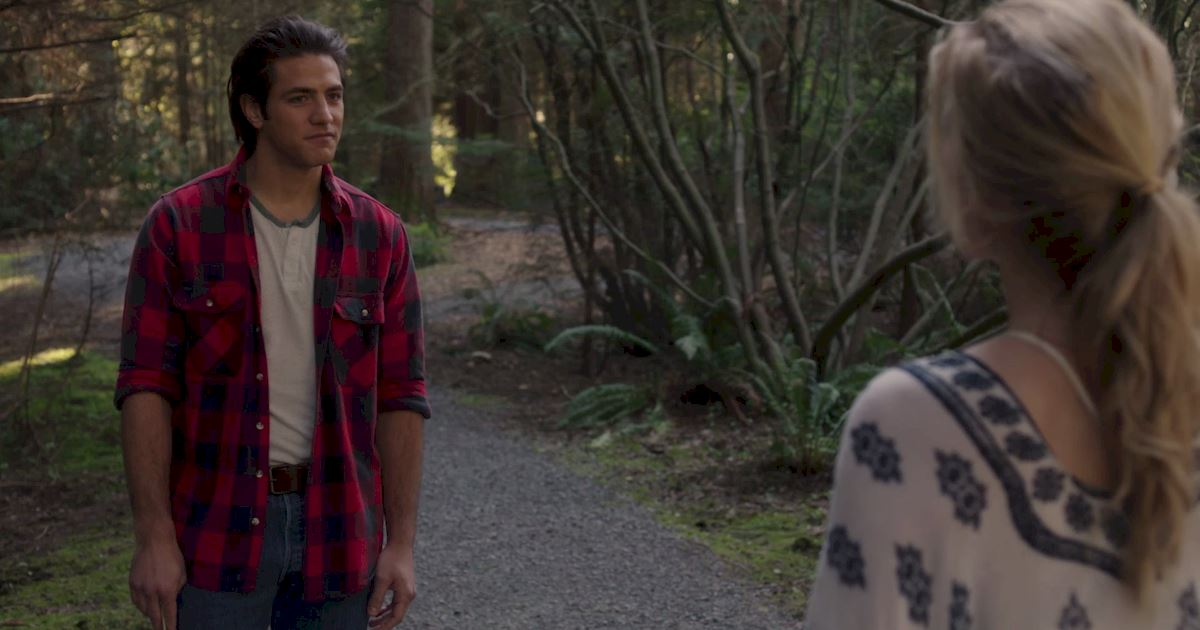 Dead of Summer - 18 Things We Learned From The Incredible Dead Of Summer Premiere!  - 1012