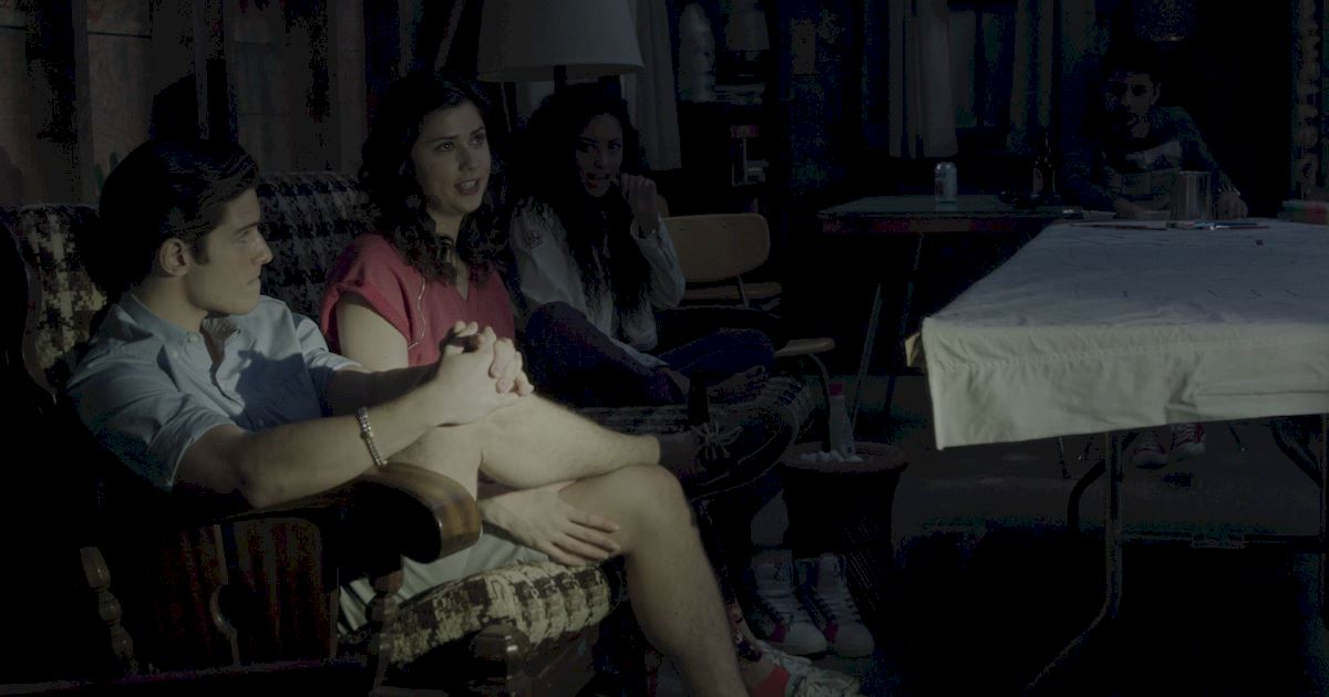 Dead of Summer - 23 Things You Might Have Missed In The Spooky Premiere Of Dead Of Summer! - 1021
