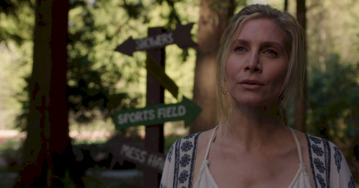 Dead of Summer - 23 Things You Might Have Missed In The Spooky Premiere Of Dead Of Summer! - 1020