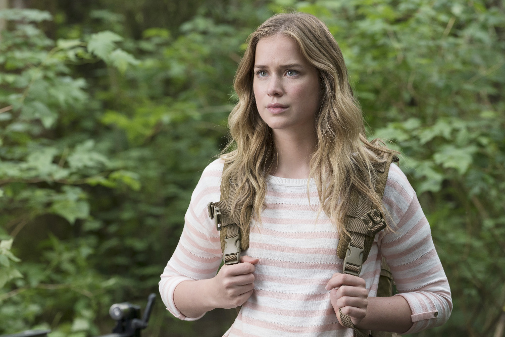 Dead of Summer - 7 Questions We NEED Answering In Episode Five Of Dead Of Summer! - 1007