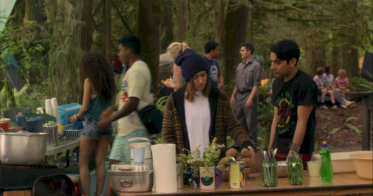 Dead of Summer - 20 Completely Crazy Things We Learned This Week On Dead Of Summer Episode 5! - 1011