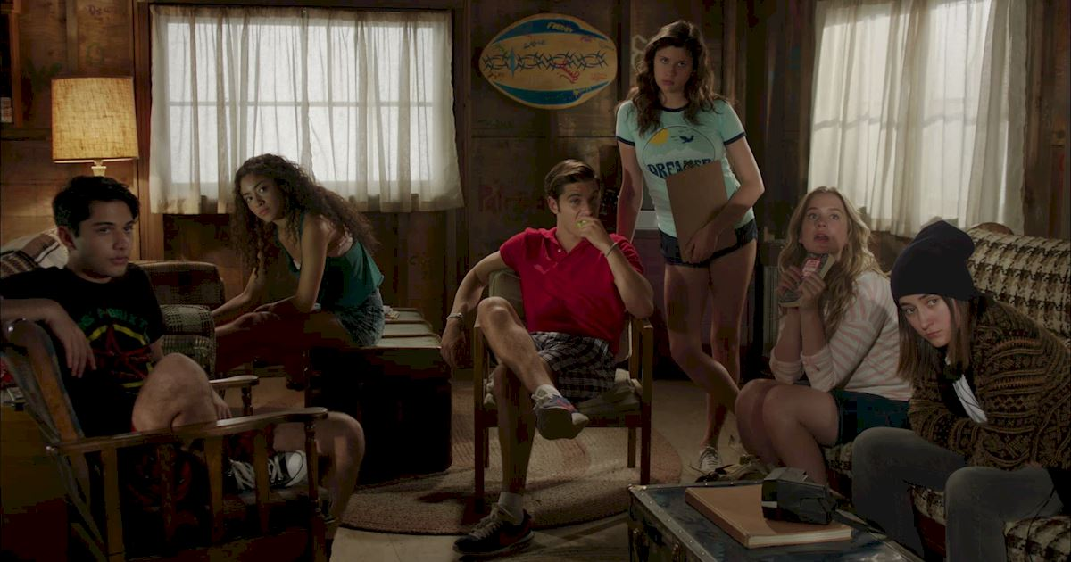 Dead of Summer - 20 Completely Crazy Things We Learned This Week On Dead Of Summer Episode 5! - 1002