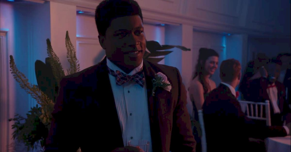 Dead of Summer - 10 Reasons Joel Would Be The Most Amazing Prom Date Ever! - 1010