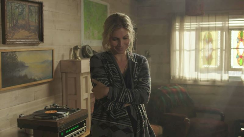 Dead of Summer - Love Deb's Record Collection? Check Out The Amazing Episode 6 Playlist Right Here! - Thumb