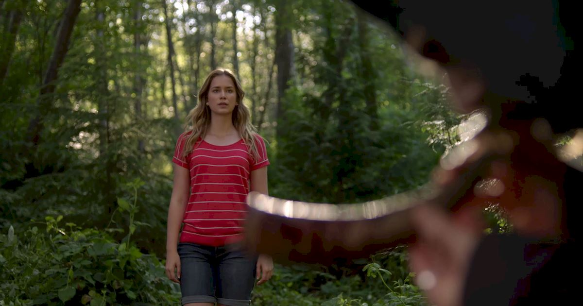 Dead of Summer - 14 Freaky Things That Have Happened To Amy Since She Came To Camp Stillwater! - 1013