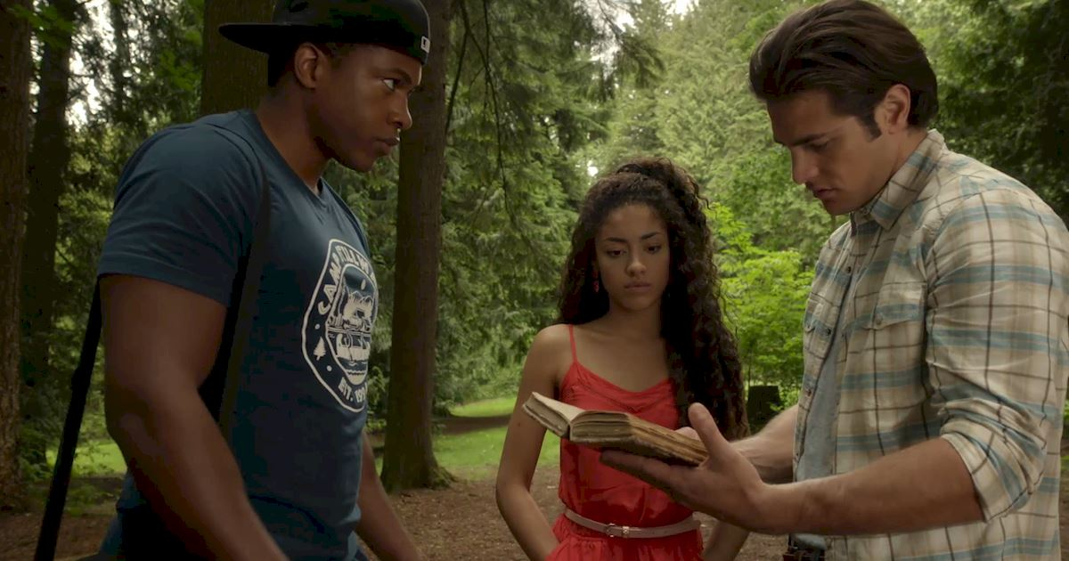 Dead of Summer - 25 Things We Learned On Episode 8 Of Dead Of Summer - 1015