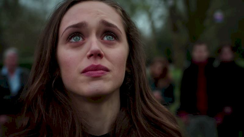 Guilt - Watch This Heartbreaking Scene From Molly's Memorial In Episode 2 - Thumb