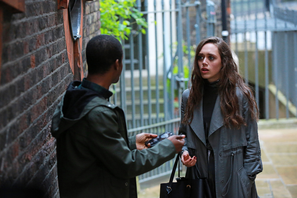 Guilt - Don't Miss These Stunning Behind-The-Scenes Photos Of Episode 5! - 1009