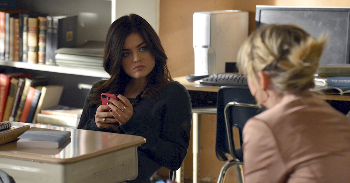 Pretty Little Liars - 17 Times The PLL Girls Were All Of Us Going Through A Break Up - 1007