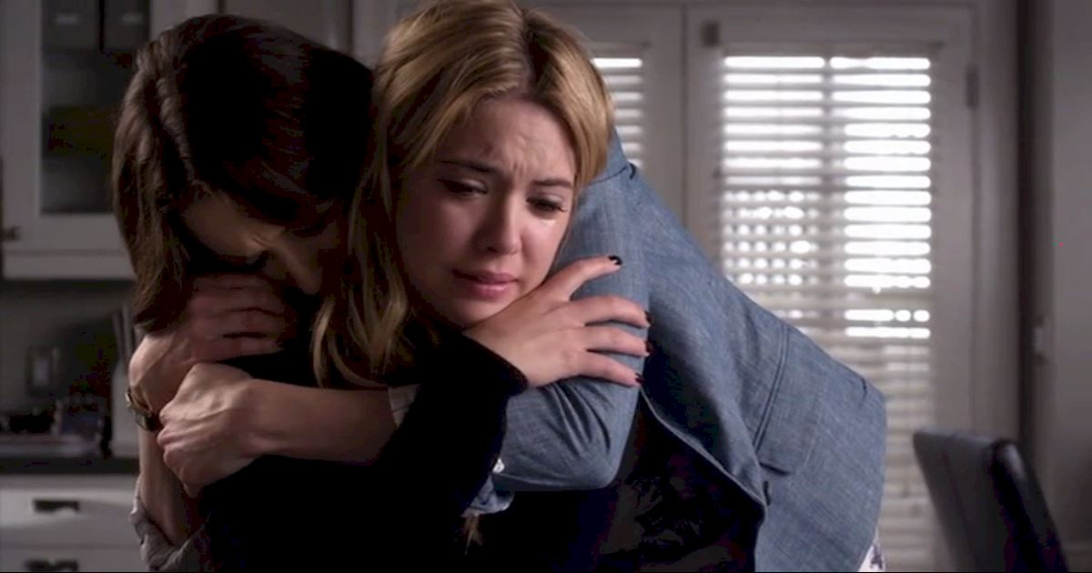 Pretty Little Liars - 17 Times The PLL Girls Were All Of Us Going Through A Break Up - 1005