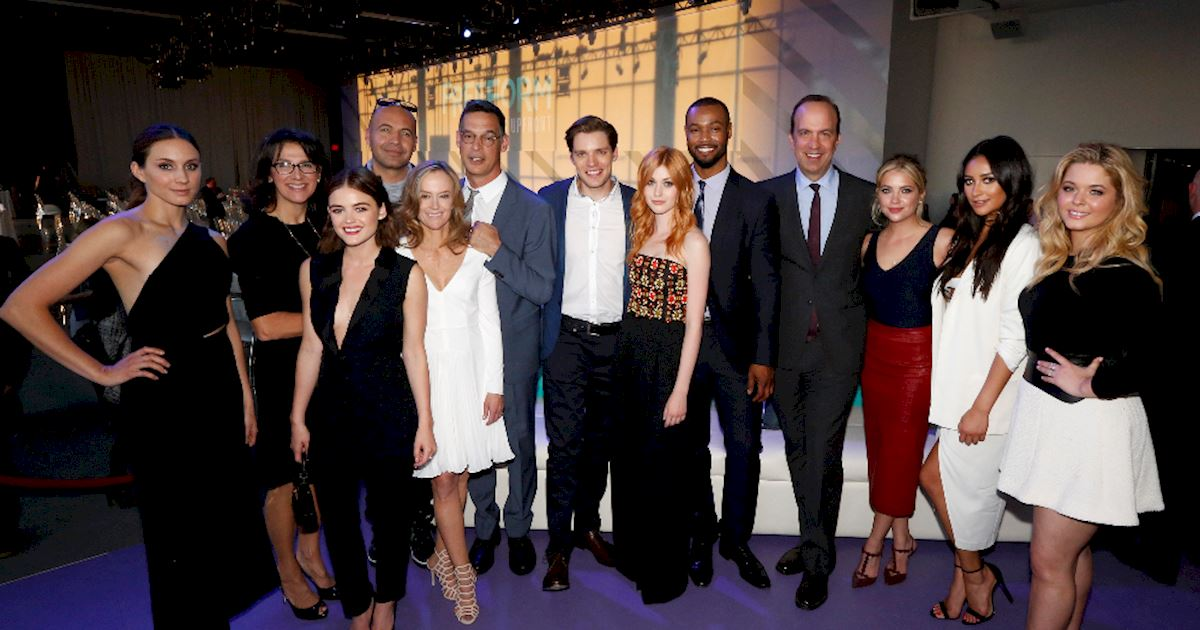 Pretty Little Liars - The Pretty Little Liars Cast Were Reunited At The Freeform Upfronts! - 1010