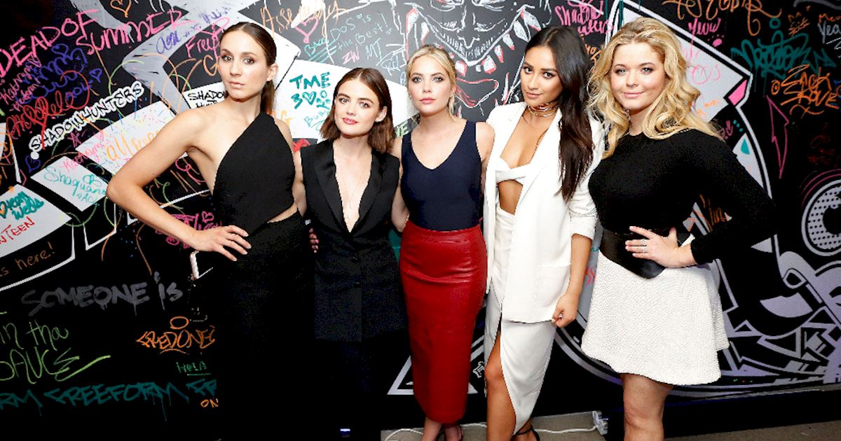 Pretty Little Liars - The Pretty Little Liars Cast Were Reunited At The Freeform Upfronts! - 1002