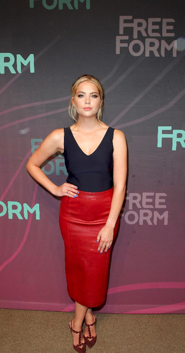 Pretty Little Liars - The Pretty Little Liars Cast Were Reunited At The Freeform Upfronts! - 1006
