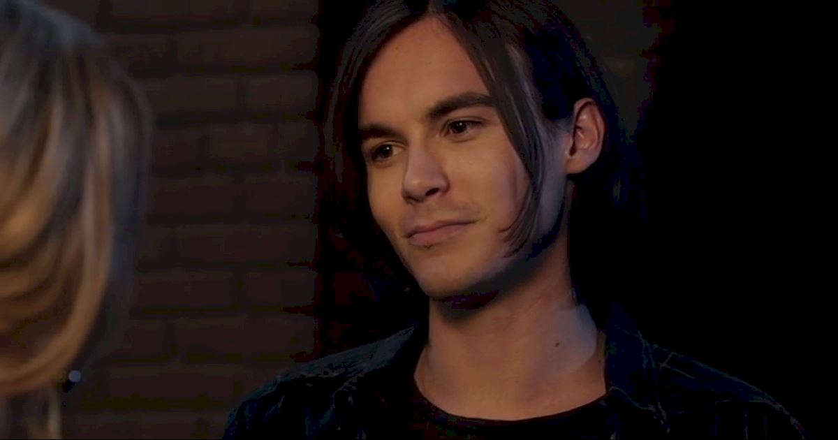 Pretty Little Liars - 21 Times Caleb Totally Stole Our Heart - 1001