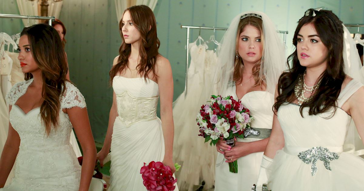 Pretty Little Liars - 20 Times Life In Rosewood Wasn't Entirely Terrifying - 1015