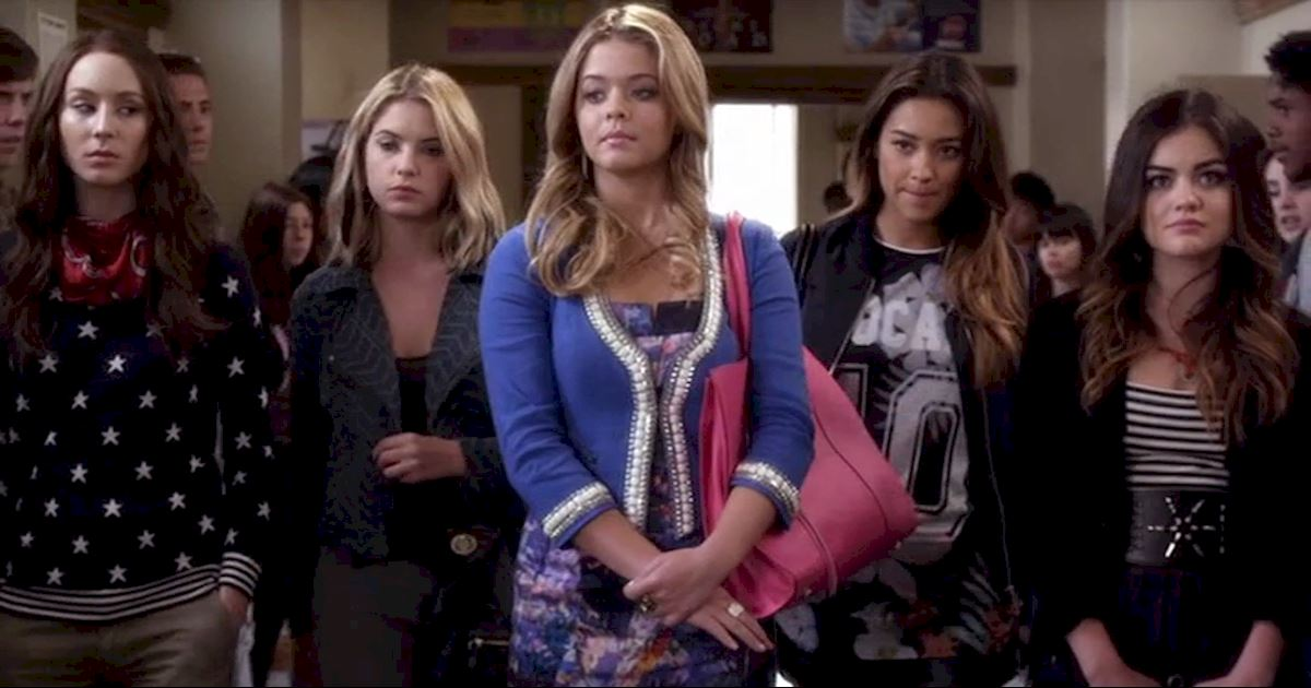 Pretty Little Liars - 20 Times Life In Rosewood Wasn't Entirely Terrifying - 1016