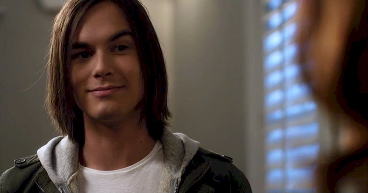 Pretty Little Liars - 21 Times Caleb Totally Stole Our Heart - 1010