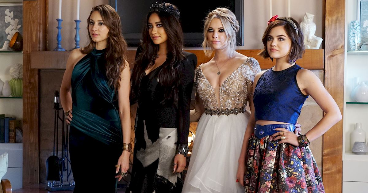Pretty Little Liars - 20 Times Life In Rosewood Wasn't Entirely Terrifying - 1017