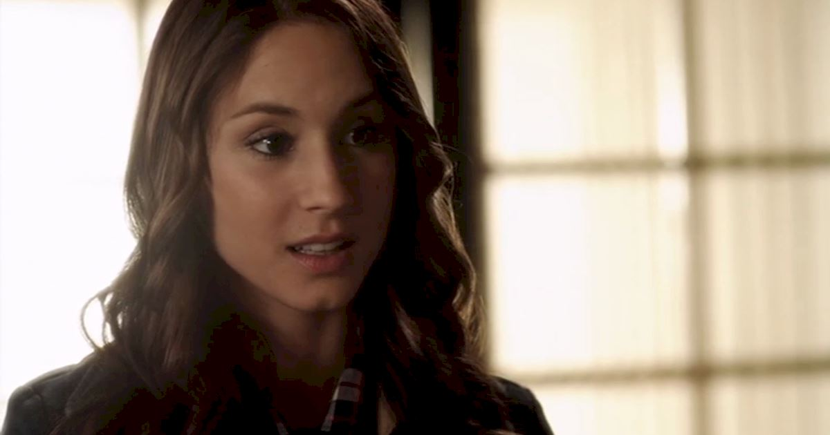 Pretty Little Liars - 23 Times Spencer Couldn't Catch A Break In Season Two! - 1016