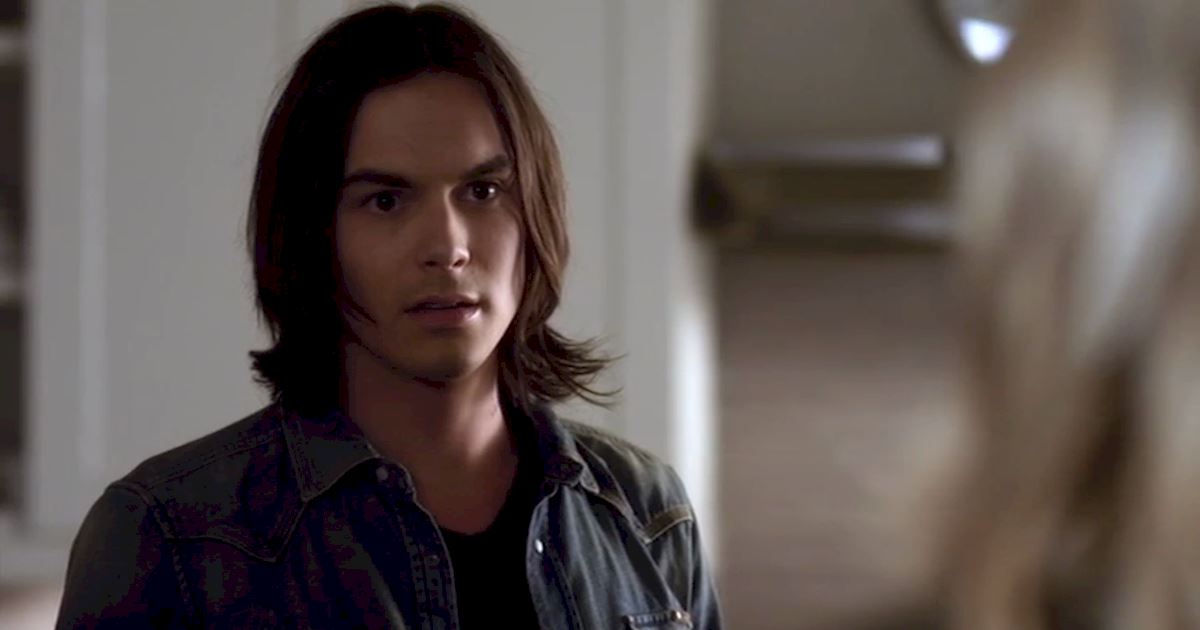 Pretty Little Liars - 17 Times Haleb Proved They Were Meant To Be Together In Season 2 - 1001