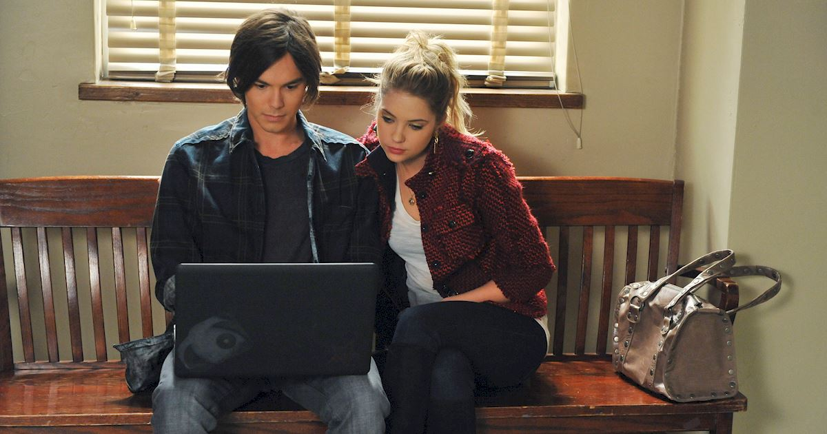 Pretty Little Liars - 17 Times Haleb Proved They Were Meant To Be Together In Season 2 - 1014