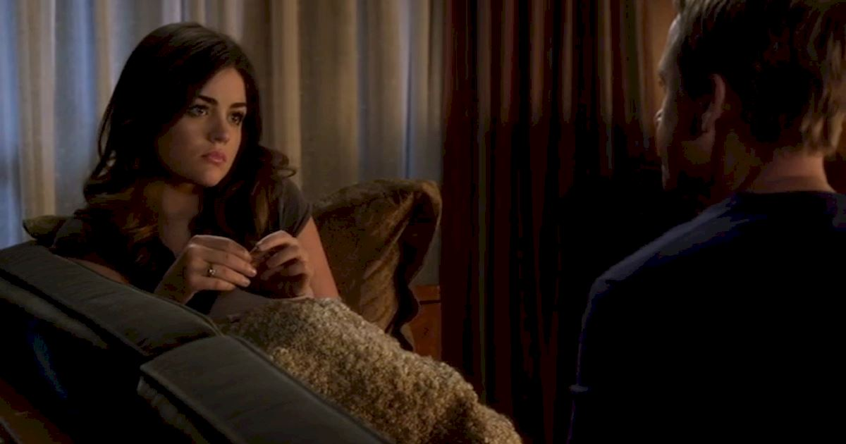 Pretty Little Liars - 22 Times Aria Totally Inspired Us When Her Life Was Falling Apart  - 1015