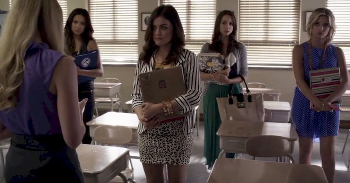 Pretty Little Liars - 22 Times Aria Totally Inspired Us When Her Life Was Falling Apart  - 1012