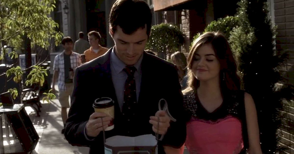 Pretty Little Liars - 22 Times Aria Totally Inspired Us When Her Life Was Falling Apart  - 1004