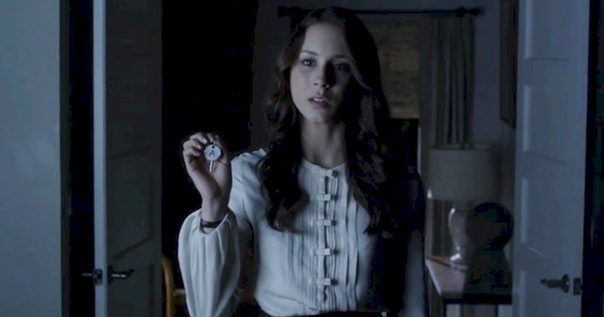 Pretty Little Liars - Spencer's Devastating Decline In Season 3! - 1011