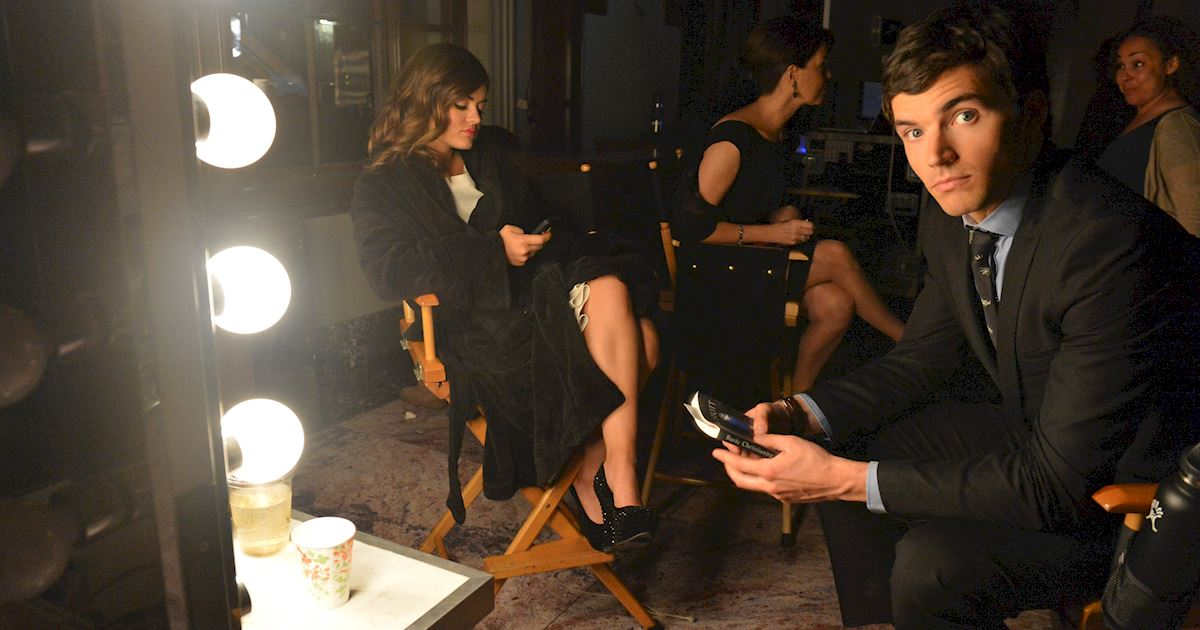 Pretty Little Liars - Visit Your Favorite Liars On Set With These BTS Photos! - 1005