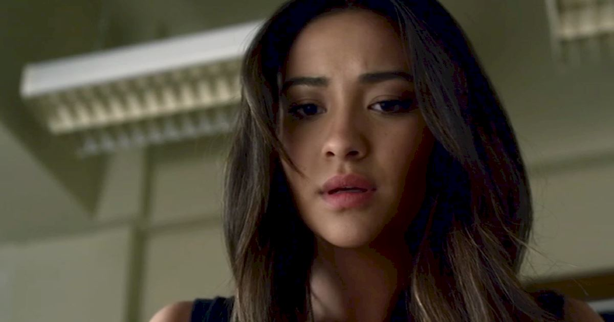 Pretty Little Liars - 12 Reasons Why We All Totally Crushed On Emily In Season 3 - 1002