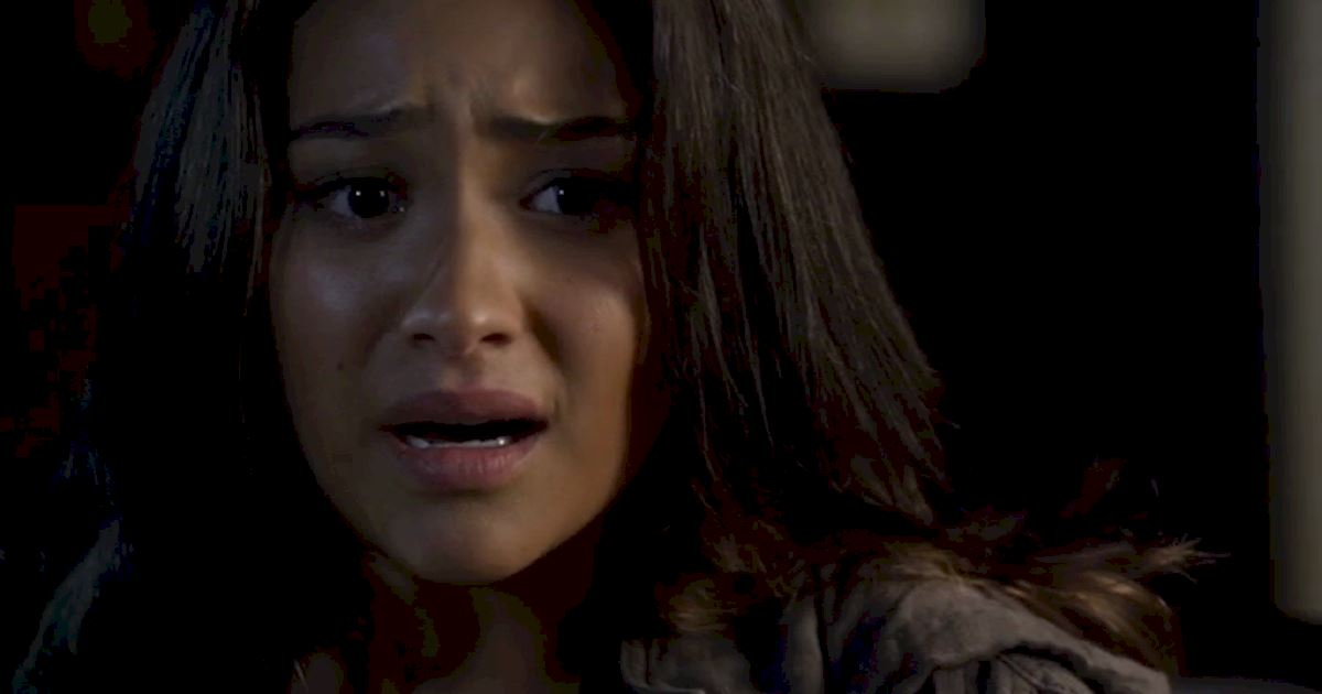 Pretty Little Liars - 12 Reasons Why We All Totally Crushed On Emily In Season 3 - 1010