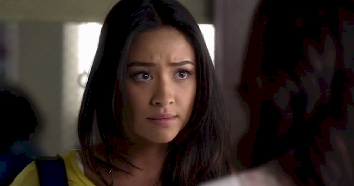 Pretty Little Liars - 12 Reasons Why We All Totally Crushed On Emily In Season 3 - 1009