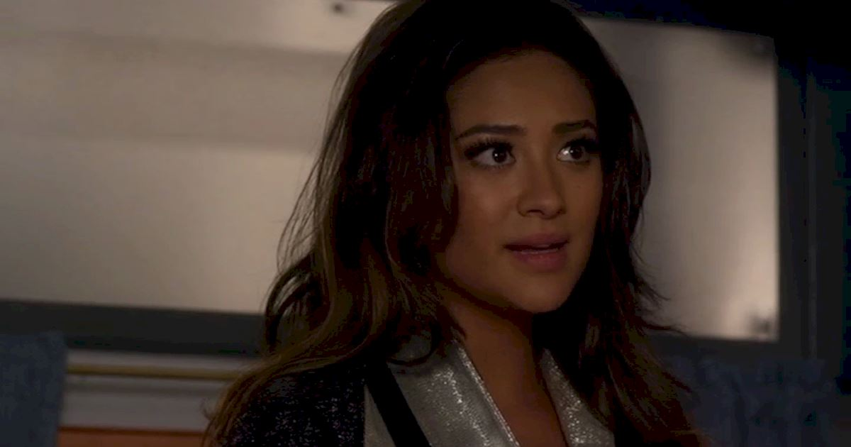 Pretty Little Liars - Brave Our 13 Favorite Moments From The Season 3 Halloween Special - 1006