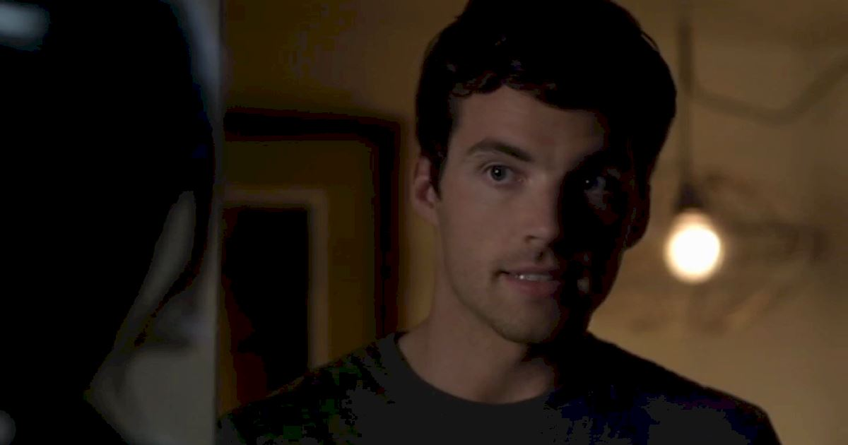 Pretty Little Liars - 11 Signs That Your Significant Other Has A Secret Love Child! - 1005